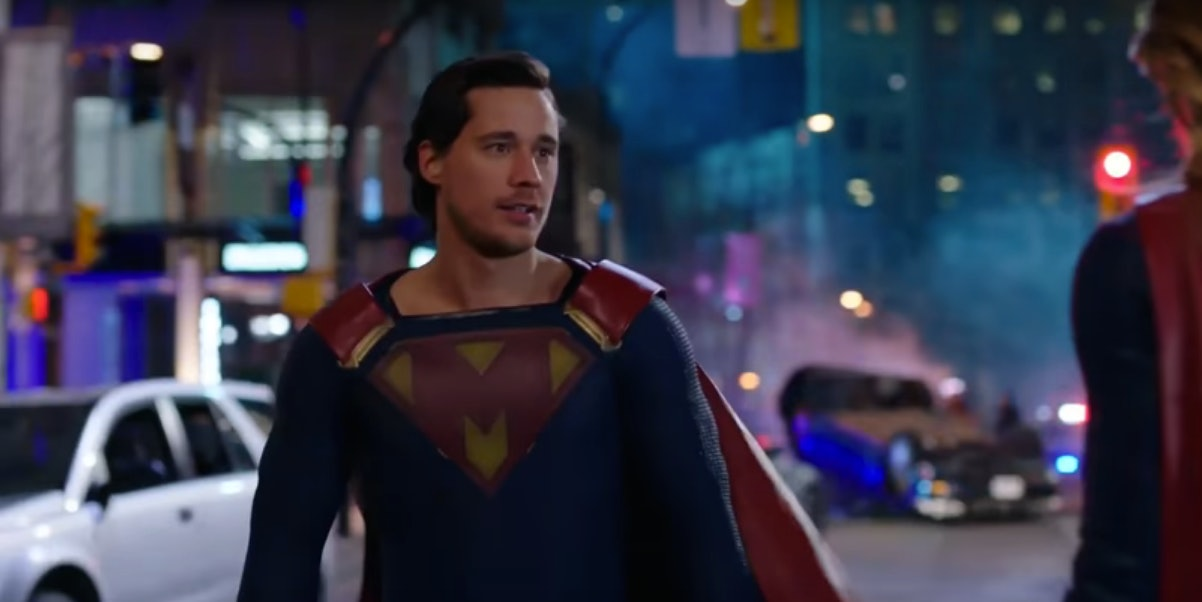 دانلود سریال سوپرگرل Supergirl sc2 فصل 2 دوم