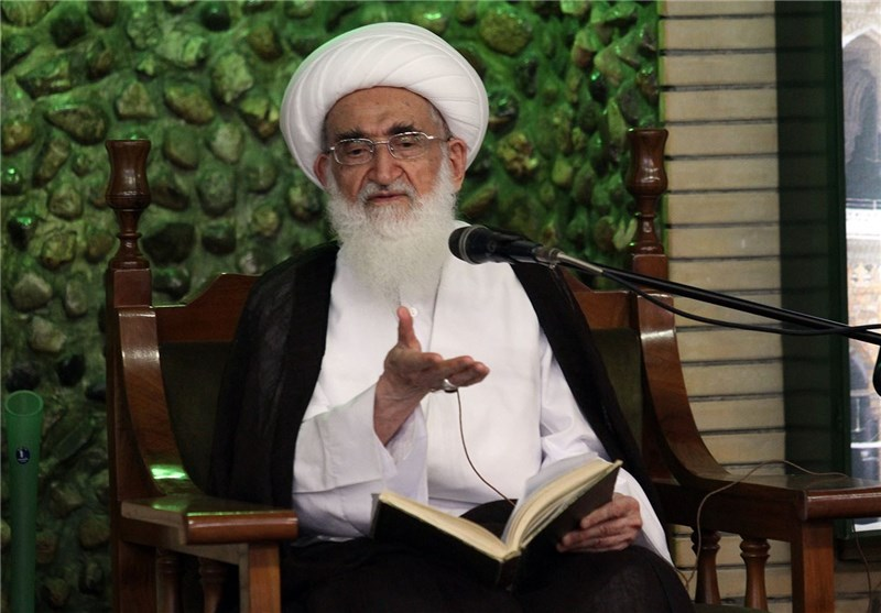 آیتالله نوریهمدانی انتصاب حجتالاسلام رئیسی بهعنوان تولیت آستان قدس رضوی را تبریک گفت