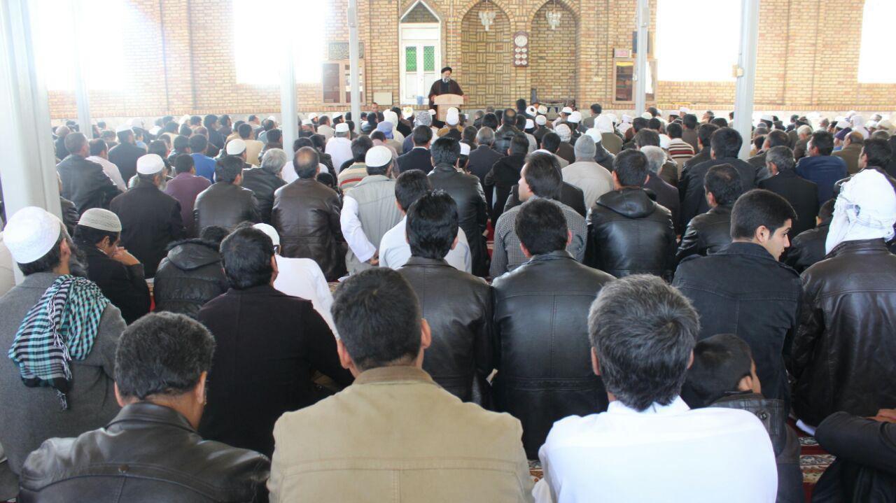 دیدار حجة السلام دکتر رئیسی بامردم شریف اهل سنت دهستان نوغاب و شهرهای اسدیه و گزیک