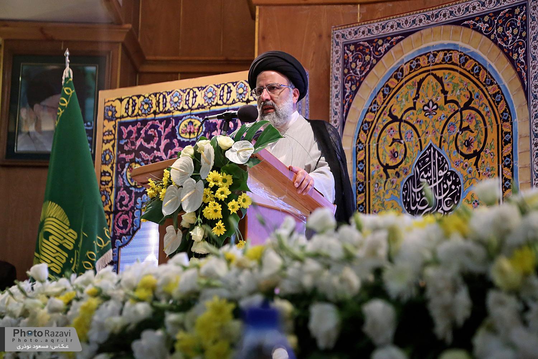 لزوم ورود فعال هنرمندان به عرصه معرفی و تبیین اندیشه انقلاب اسلامی