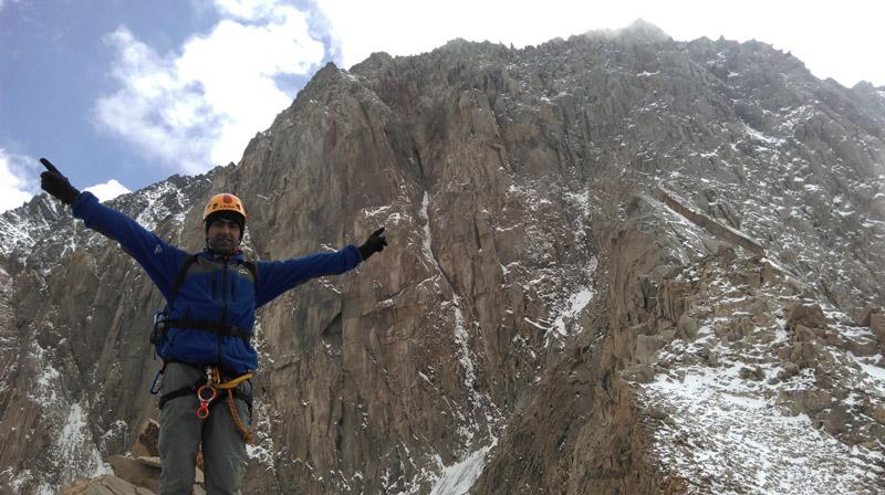 تصاویر صعود تیم منتخب شهرستان آمل به گرده ی المانها،علم کوه .تابستان 1394