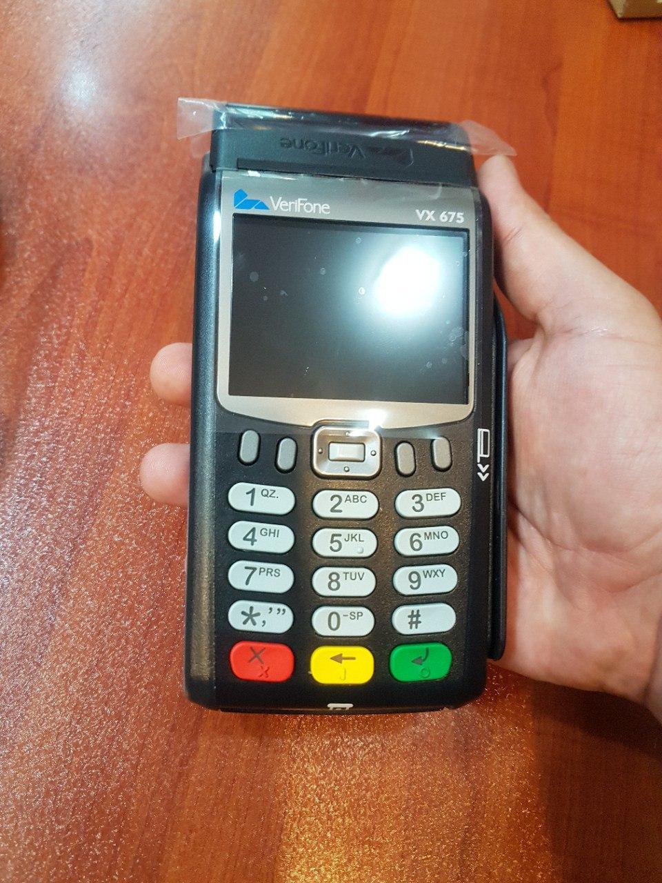 دستگاه کارت خوان مدل وری فون 675