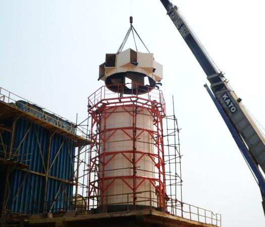 برج خنک کننده Forced draft فایبرگلاس که برای کارخانه تولید روی طراحی و تولید شده است.