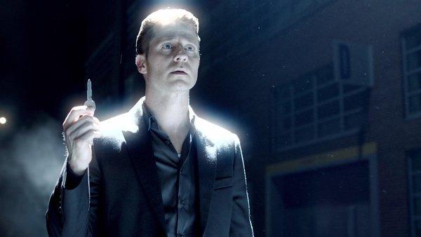 دانلود فصل 3 سریال گاتهام Gotham sc4