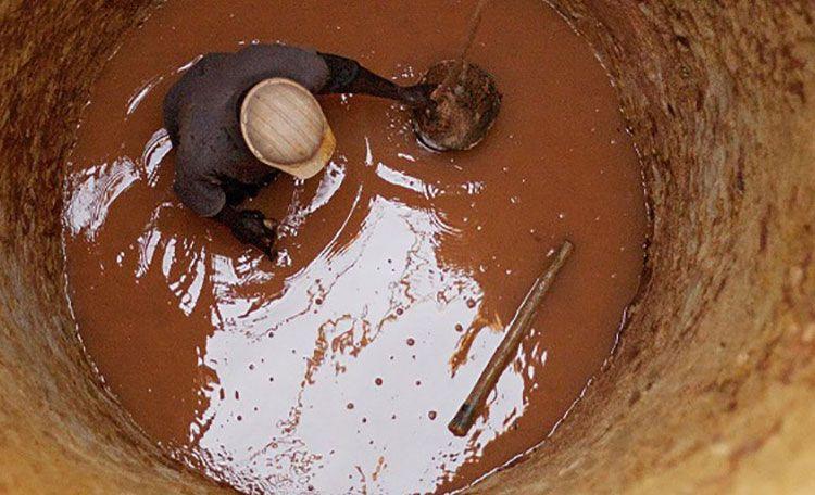 کف تراشی و لجن کشی چاه