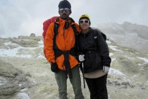 ایمان احمد پور و فاطمه امیر خانی،دو نفر از کوهنوردان شهرستان مبارکه به قله ی  ۵٬۶۱۰ متری دماوند صعود کردند.
