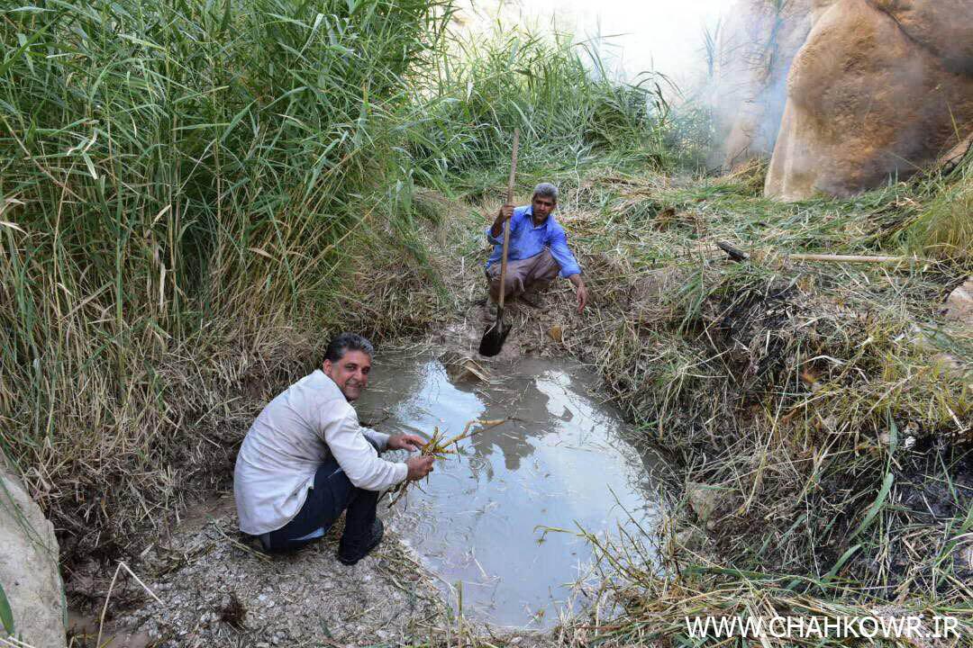 http://bayanbox.ir/view/7714743376122420584/Paksazi-Cheshmeh-Aab-KharzahreDan-6.jpg