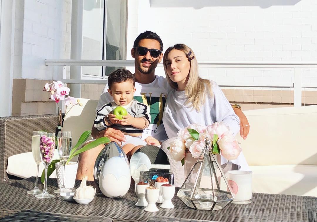عکس رضا قوچان نژاد به همراه همسرش سروین بیات پسرش دوران