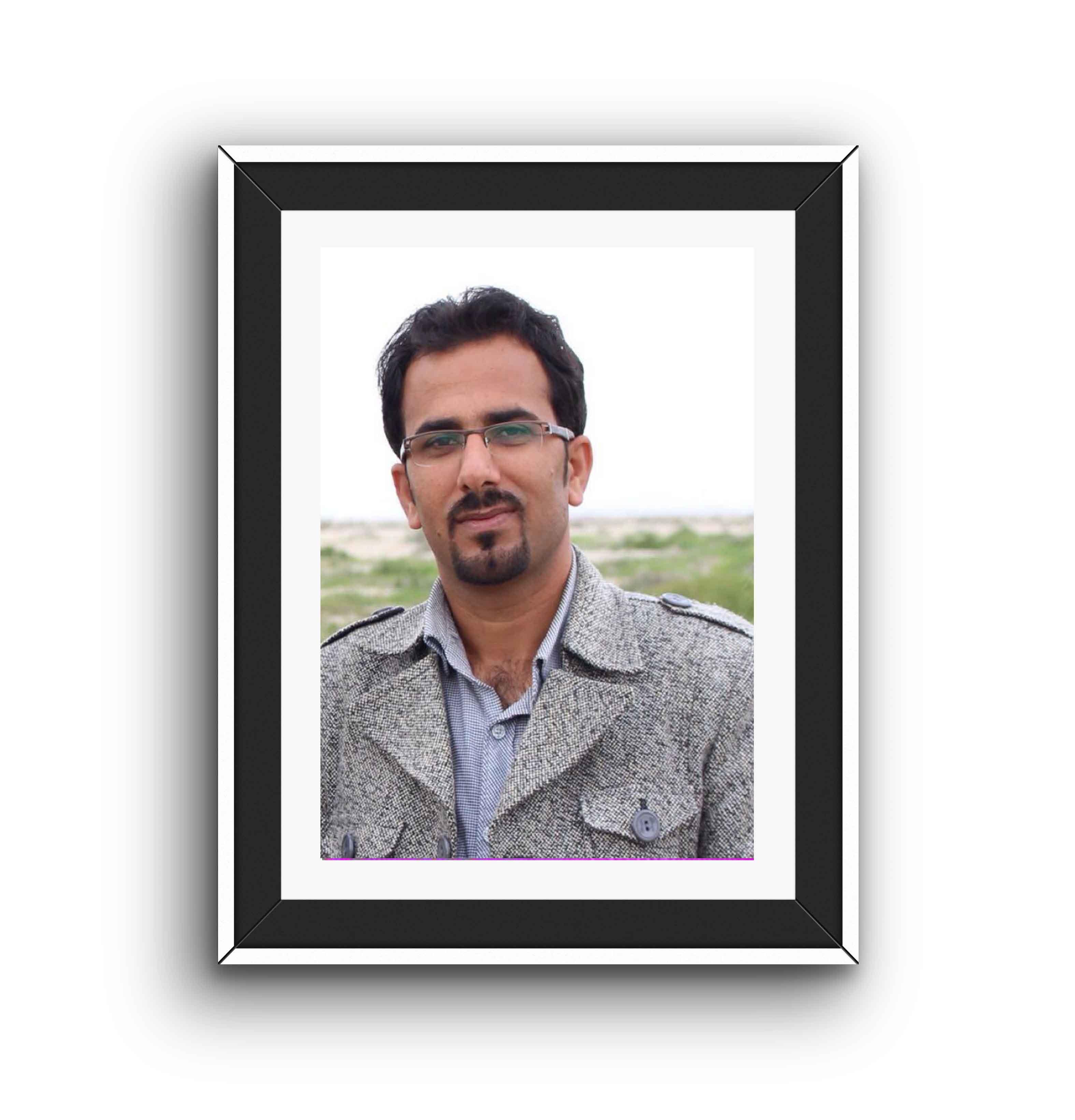 http://bayanbox.ir/view/7951341469321692121/ahmad-aali.jpg