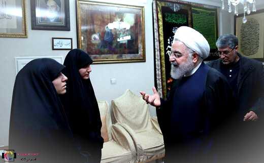حضور رئیس جمهور در منزل سردار شهید سپهبد حاج قاسم سلیمانی