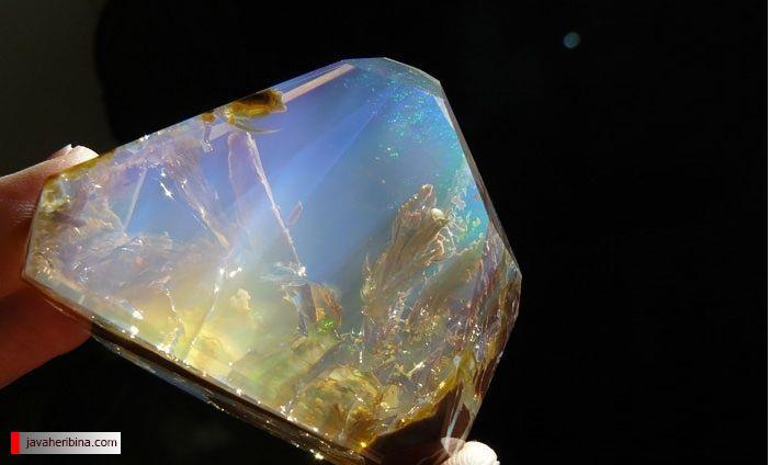 سنگ های زیبا و مواد معدنی عجیب