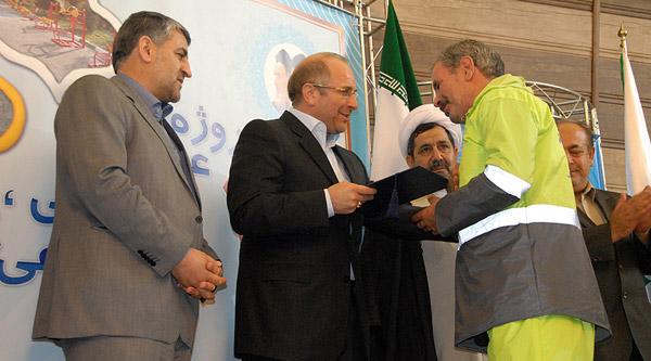 مراسم افتتاح ١١١ پروژه عمرانی، ترافیکی، اجتماعی و خدمات شهری منطقه١١