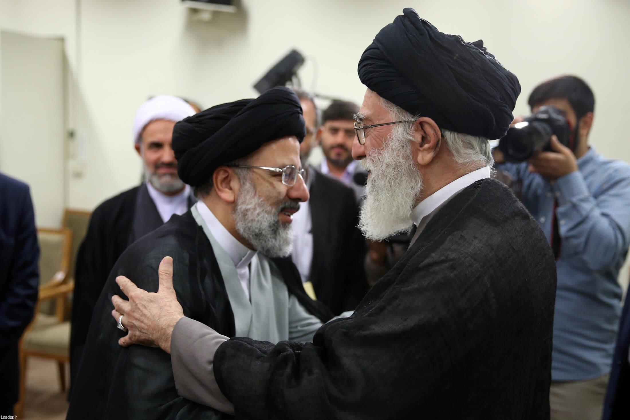 تقدیر نمایندگان مجلس از انتصاب حجتالاسلام و المسلمین رئیسی به تولیت آستان قدس رضوی