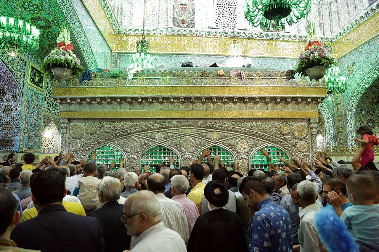 گزارش تصویری / فضای داخل ضریح مطهر حضرت رضا(ع) روشن شد