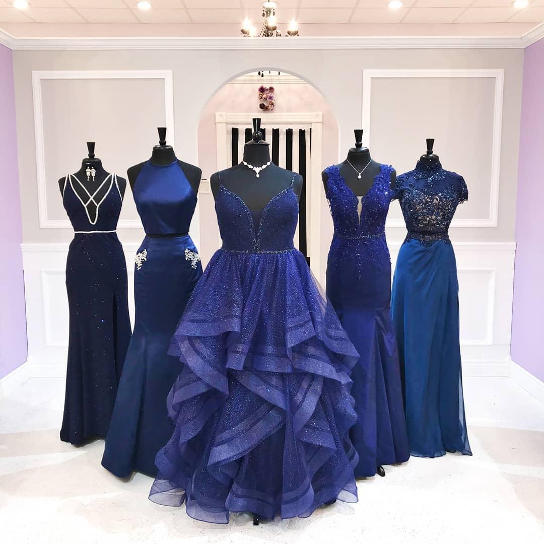 مدل لباس ساقدوش عروس آبی تیره