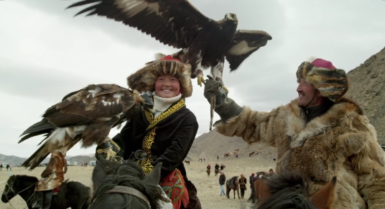 http://bayanbox.ir/view/8665773955284752143/The-Eagle-Huntress-2016-720p-BrRip-MkvCage-30NAMA-2-089074-2017-06-21-22-40-55.jpg