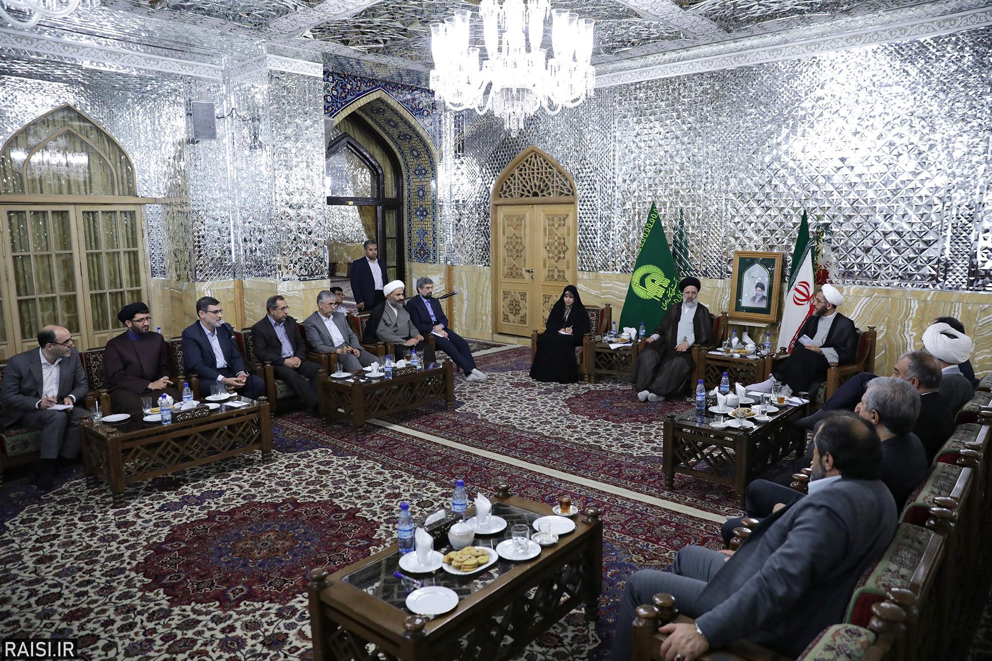 دیدار اعضای کمیسیون فرهنگی مجلس شورای اسلامی با تولیت آستان قدس رضوی