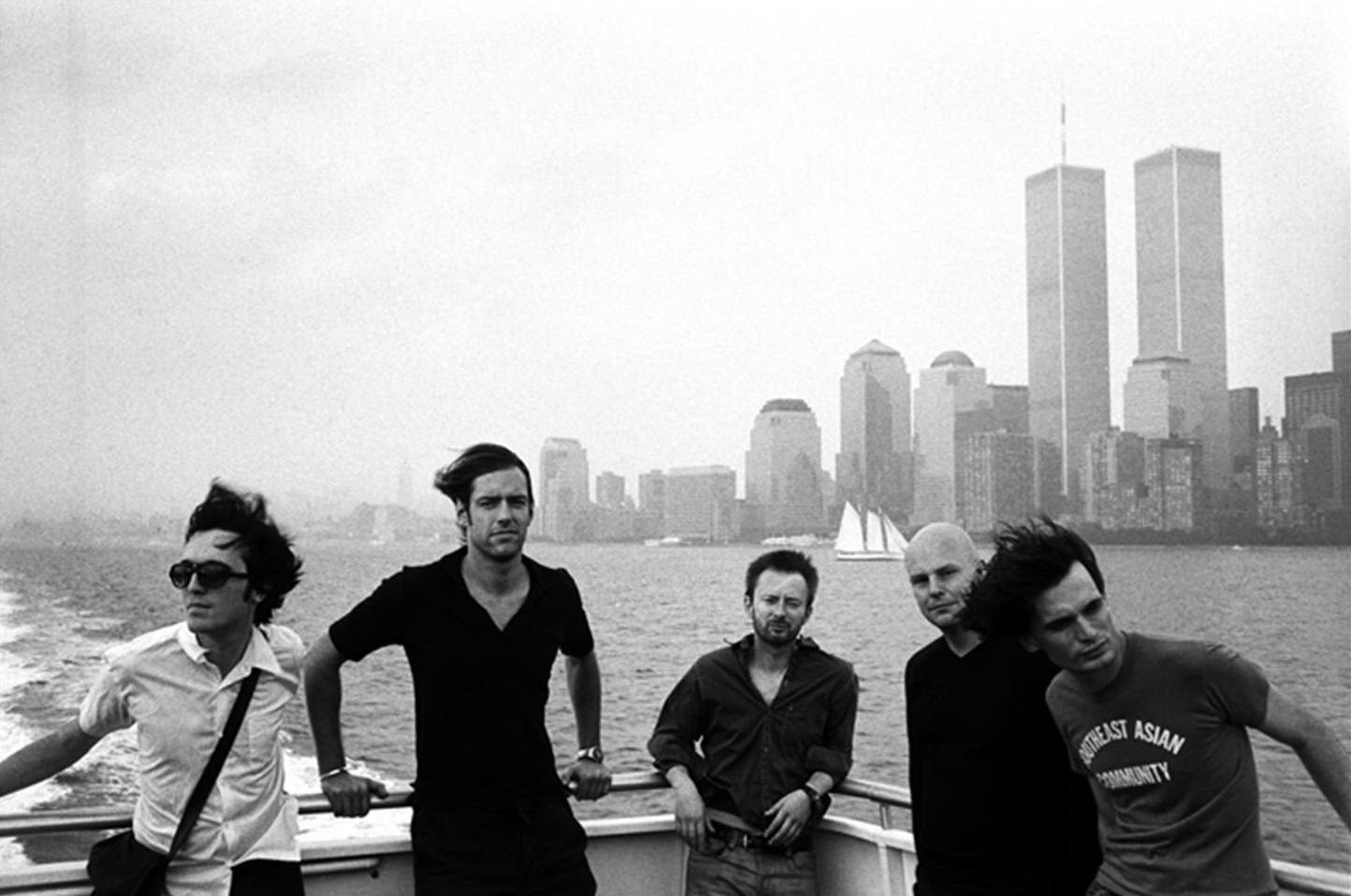 http://bayanbox.ir/view/921855531100199534/DC-WTC-Radiohead.jpg