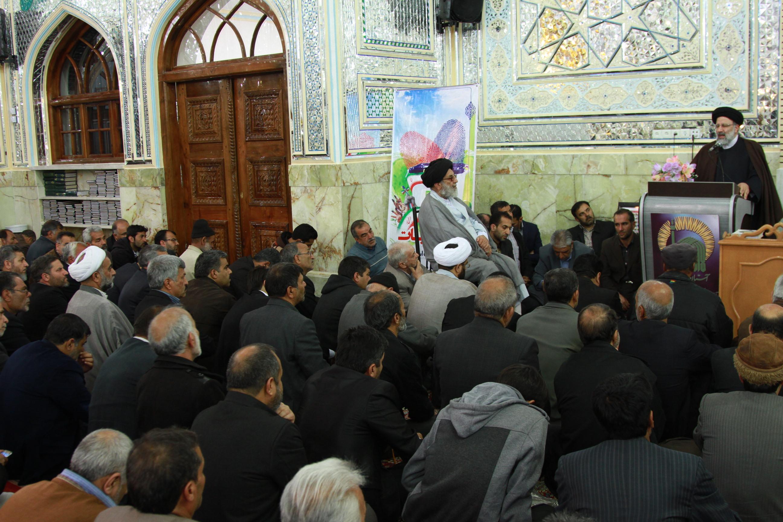 سخنرانی حجت الاسلام و المسلمین درجمع مردم شریف طبس گلشن