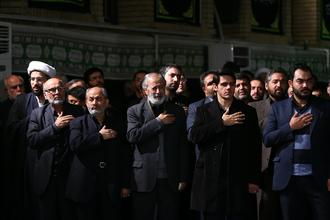 Pictures of Mourning in Ashura