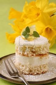 کیک نارگیل با کرم لیمو