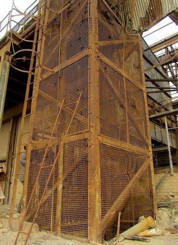 اولین آسانسور ایران