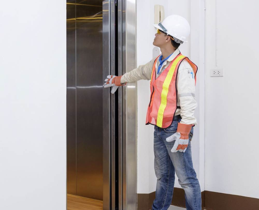 سرویس آسانسور در قزوین
