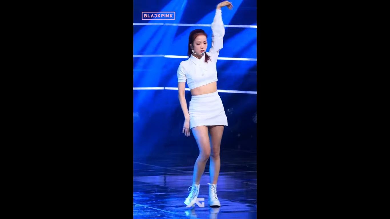 اجرای Jisoo در dont know what to do