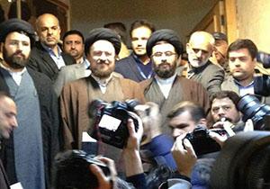 فیلم لحظه ورود سید حسن خمینی به وزارت کشور برای شرکت در انتخابات خبرگان
