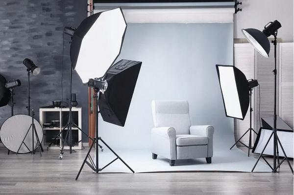 برای عکاسی صعتی از محصول، نیاز به زمان و هزینه زیاد است