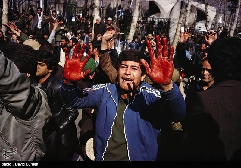 پیروزی نهایی ...... اخراج آمریکاییست ...... آمریکا تو خالیست ......ویتنام گواهیست | در سال 57 سفارت آمریکا در ایران 13 عملیات تروریستی انجام داد