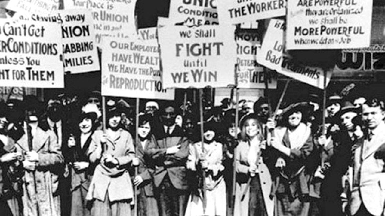 جنبش زنان؛ چه شد که نیمه ی ساکت جامعه،بعد از این همه مدت، به یک باره فریاد زد؟