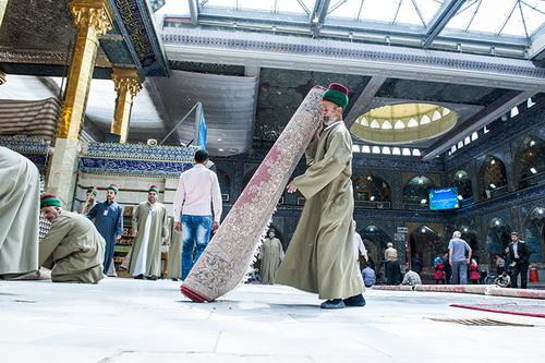 تخته فرش ایرانی در حرم حضرت عباس (ع)